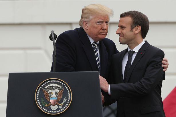 Linguagem Corporal de Trump e Macron